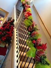 How To Decorate Banister With Garland Deco Mesh Banister Diy Pinterest Banisters Christmas Decor