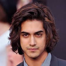 mens short hairstyles middle long hairstyles for men with wavy hair hairstyles for men with