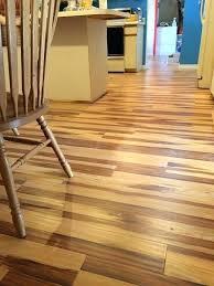 High Quality Laminate Flooring Bathroom Flooring Tile Effect Laminate Flooring Color High