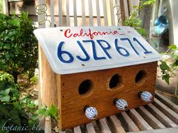 Make Your Own Vanity Plate License Plate Bird House Love These Instructions For A Design