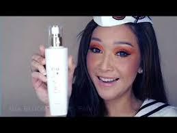 Makeup Emk emk bloom toner tones and removes makeup