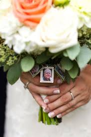 how to honor your lost loved ones on a wedding day 27 moving ideas
