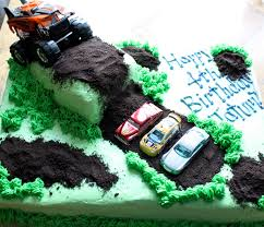 kake monster truck cake