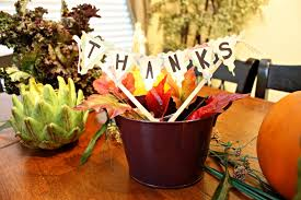 simple thanksgiving centerpiece from the dollar tree savvy sassy