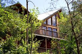 Vrbo Pigeon Forge 4 Bedroom Whispering Canyon U0027 4br 5ba Cabin W Nature Vrbo