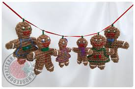 ravelry gingerbread family tree decorations pattern by
