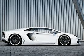 Lamborghini Aventador Side View - wheelsandmore aventador lp700 4 bianco