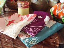 Japanese Gift Wrapping Cloth Japanese Furoshiki 8 Ways To Use This Amazing Cloth Every Day