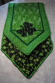 st patrick s day table runner 267 best sewing for st patricks day images on pinterest table