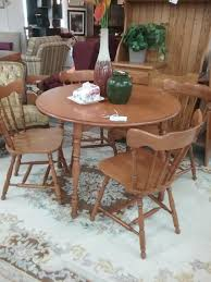 vilas maple dining table u0026 4 chairs the millionaire u0027s daughter