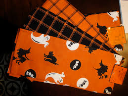 halloween dish towels halloween dinner party pennywisepanache