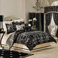 Cream Bedding And Curtains Black Wooden Bedside Table Black Curtain Carpet Black Blanket