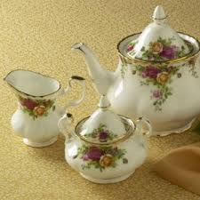 country roses tea set country roses china by royal doulton silversuperstore