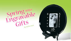 Engraveable Gifts Springgifts Bkgrd Jpg