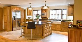 oak kitchens extraordinary best 20 oak kitchens ideas on