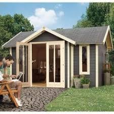 bureau de jardin prix un abri de jardin et vestiaire pour la piscine montrez nous