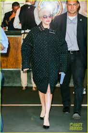 lady gaga talks engagement ring with jimmy fallon photo 3478611