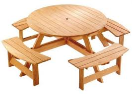 How To Build A Round Wooden Picnic Table by Best 25 Round Picnic Table Ideas On Pinterest Picnic Tables