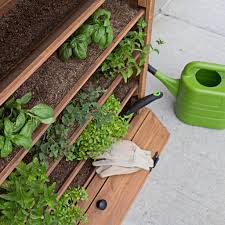 cedar vertical garden gardening backyard discovery