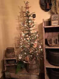 primitive christmas tree 490 best primitive colonial christmas images on