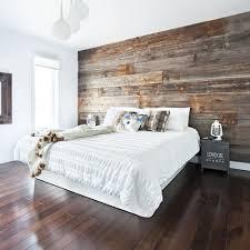 lit de chambre bois de grange comme tête de lit chambre inspirations