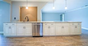 how to price cabinets the advantages of buying wholesale kitchen cabinets from