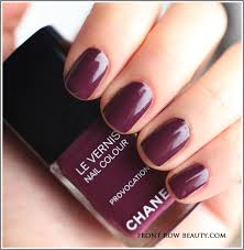 twin sets de chanel le vernis vogues fashion night out provocation
