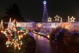 santa rosa family helps charity with high tech holiday light display