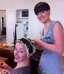 sissy feminization haircuts permanente petit bigoudis coiffure permanente pinterest