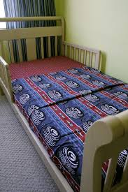 How To Convert A Crib To Toddler Bed by Flat Sheet With Fitted Sheet Ends For Toddler Bed This Is Genius