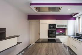 cuisine neuve cuisine équipée violet images cuisine equipee violet maison moderne