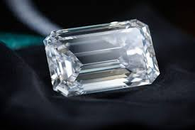 diamond flawless 163 carat diamond sells for 34 million in geneva auction