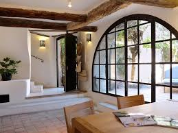 charming home with 2 private courtyards ato vrbo