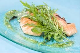 cuisiner le saumon fumé recette de saumon mi cuit au saumon fumé facile et rapide