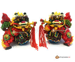 fu dogs buy authentic and colourful feng shui fu dogs at feng shui india