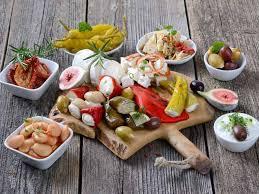 Mediterranean Style Food - ten healthy mediterranean foods saga