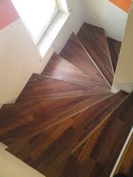 treppen laminat verlegen treppe mit laminat verkleiden treppenrenovierung