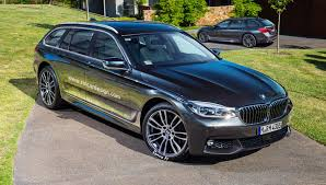 2017 bmw 5 series sedan and touring wagon rendered photos 1 of 4