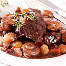 cuisiner du jarret de boeuf recette boeuf bourguignon facile et rapide