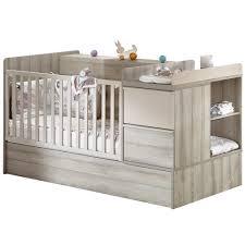 chambre bébé avec lit évolutif lit de chambre transformable frêne de sauthon baby s home
