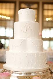 classic wedding cakes 15 simple classic wedding cakes preowned wedding dresses