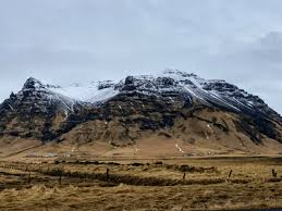 help wanted the best way to spend a connection in iceland