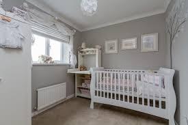 déco chambre bébé gris et blanc décoration chambre bébé en 30 idées créatives pour les murs filles