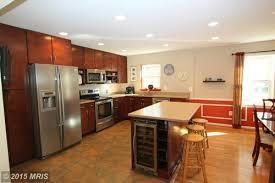 how to set up kitchen cupboards horrible kitchen cabinet setup