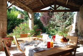 tf1 chambre d hotes cuisine chambre d hote aix en provence avec piscine le moulin des