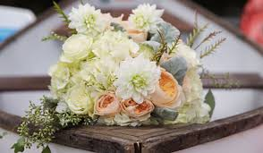 flower arrangements weddingwire