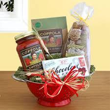 italian gift baskets kolamun uhren gift basket buon natale gourmet italian christmas