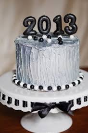 New Years Cupcake Decorating by New Years Eve Birthday Cake Nye Pinterest Birthday Cakes