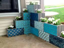 28 simple but beautiful cinder block planter ideas for your garden
