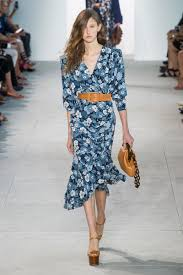 Spring 2017 Trends by Runway Report 10 Spring 2017 Trends Flower Spring And Ss 17